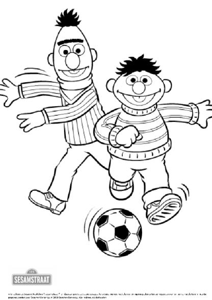 Kleurplaat sesam ernie bert voetbal